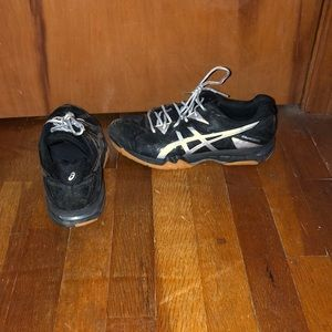 Women's asic volleyball shoes